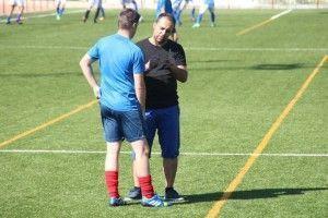 Mario Casillas dando instrucciones a Roque en una imagen de archivo