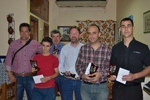 Foto de campeones de la IV Liga de Ajedrez Bar Lobato