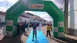 Miguel Santos entrando en meta