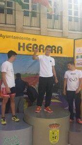 Mario en el pódium de Herrera