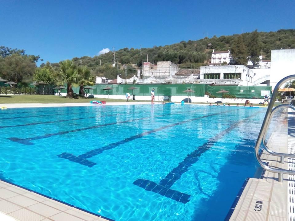 Cerramos la temporada desde la piscina municipal tiempo for Piscina municipal